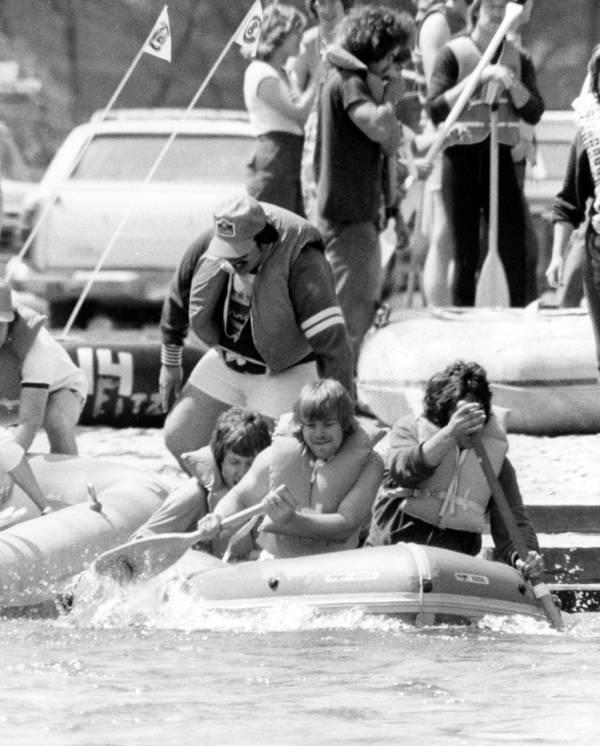 1970s Raft Race 1
