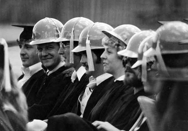 1980: Construction management commencement
