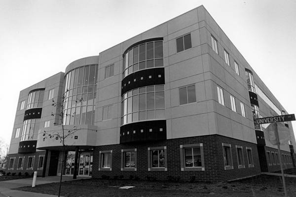 1980s Engineerging building