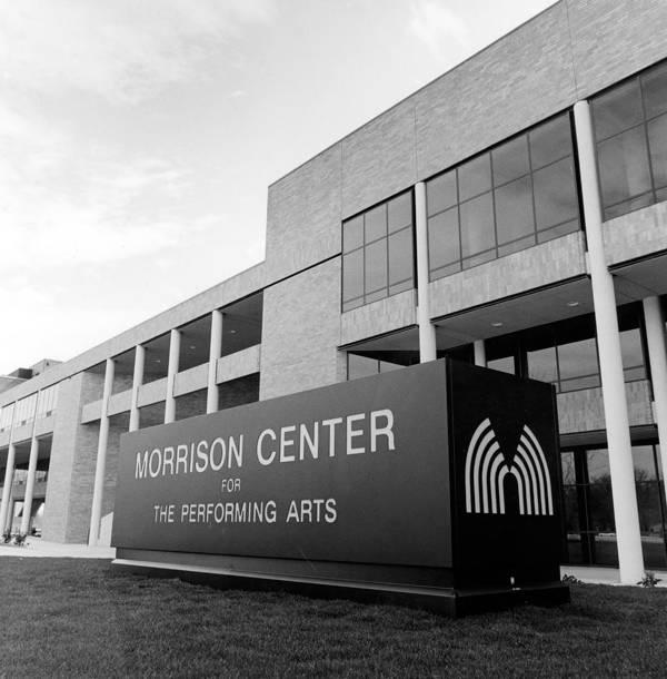 1984: Morrison Center construction