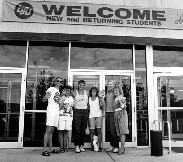 1988: New Student Orientation
