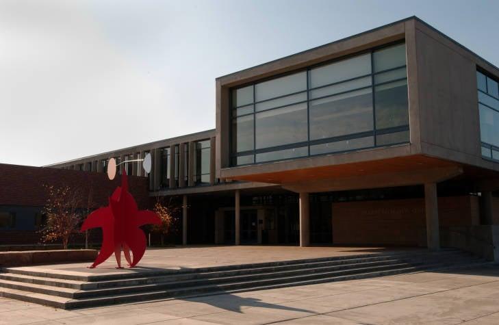 2002: Student Recreation Center Opens