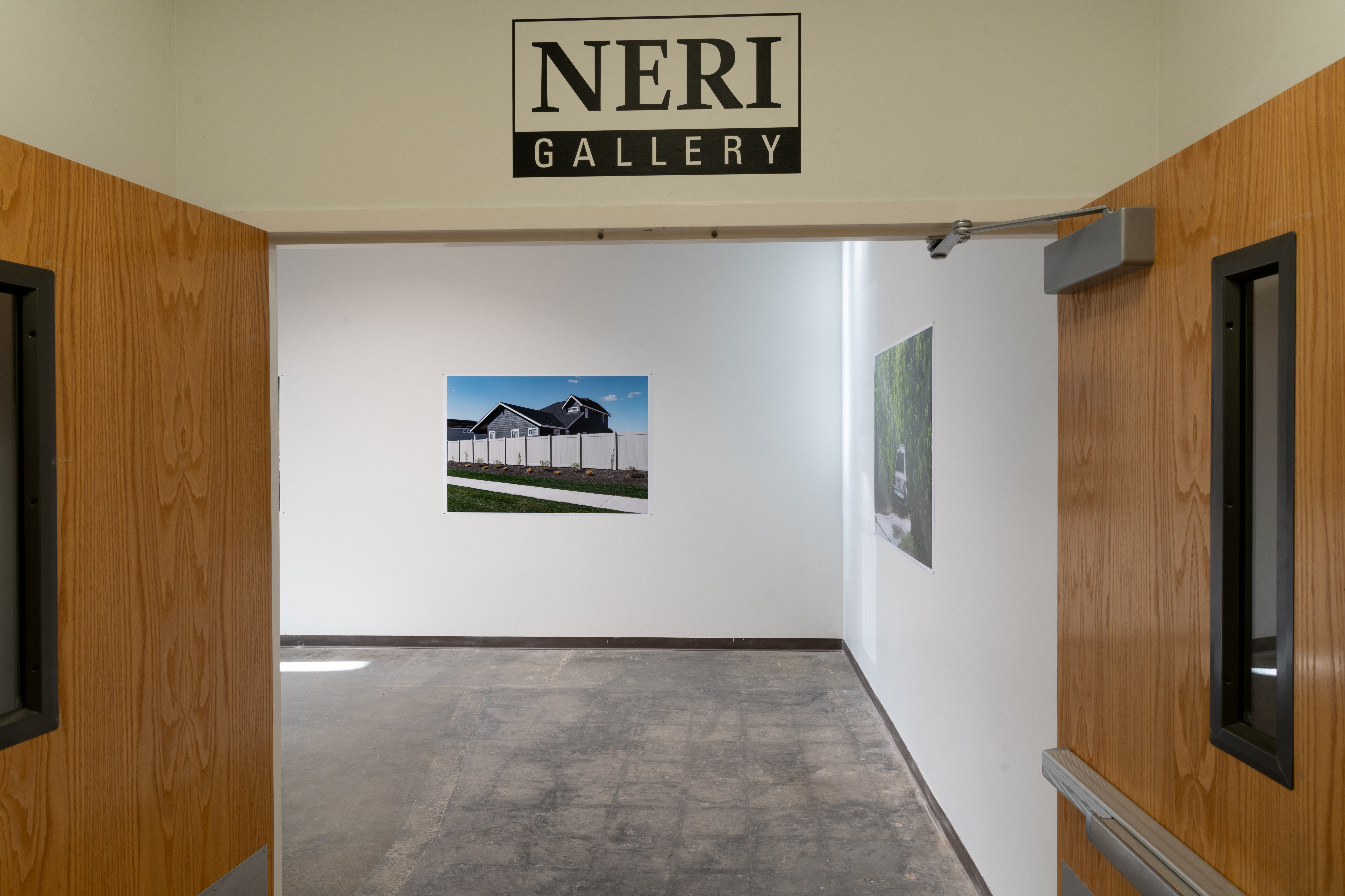 Hao Zhang photography installation, entry of the Neri Gallery.