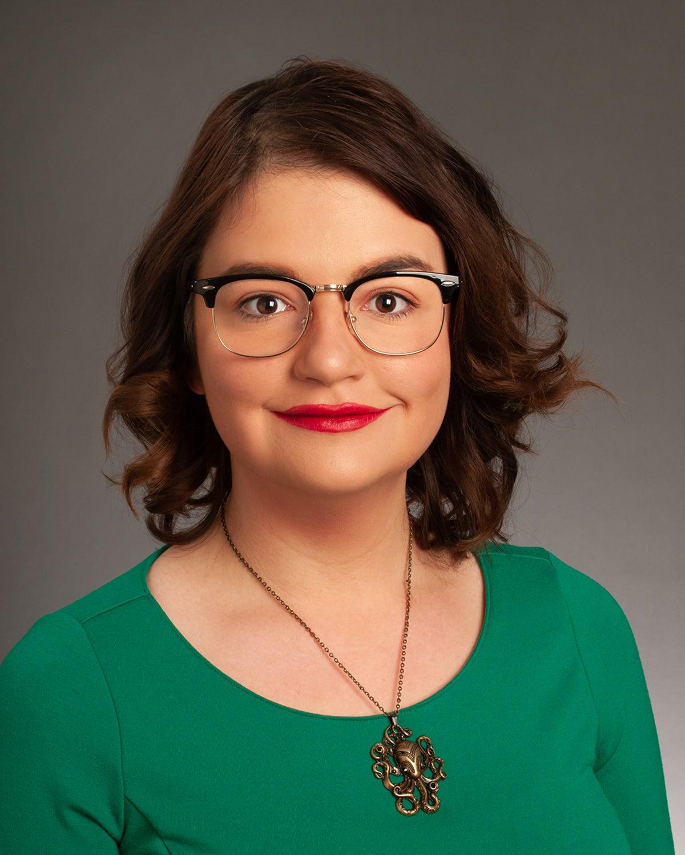 Ashley Beasley, English, faculty/staff, studio portrait by Priscilla Grover