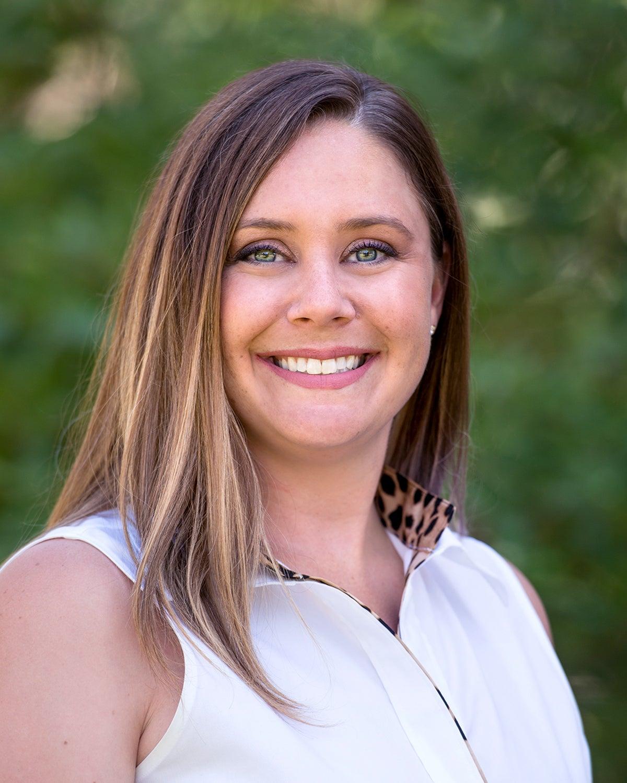 Student Affairs Marketing, Erin Maguire, outdoor portrait, Allison Corona photo