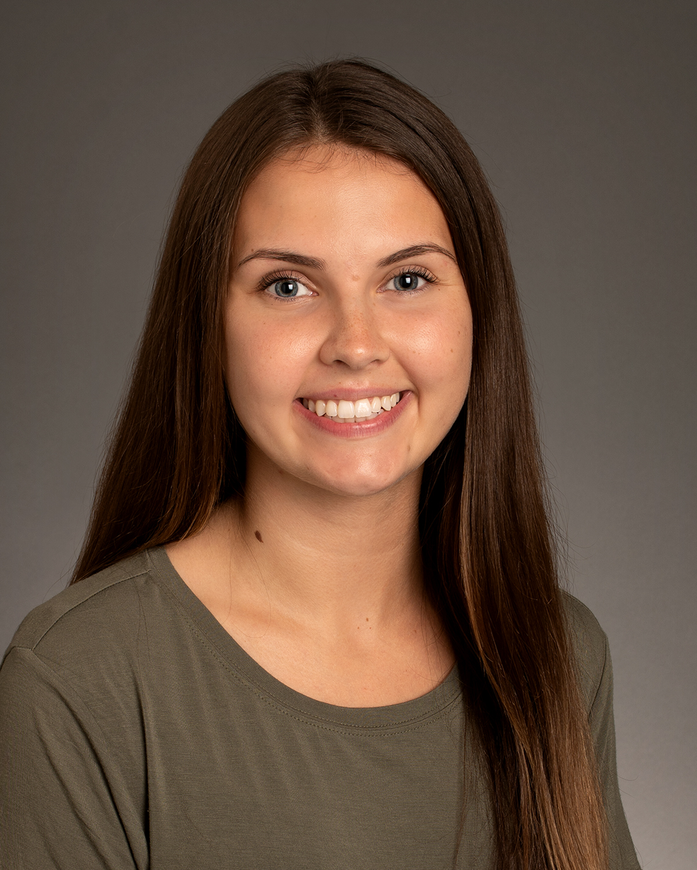 Sara Thomas portrait, Student Involvement, Photo by Emma Thompson