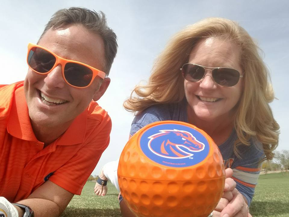 Boise State fans with Bronco golf ball