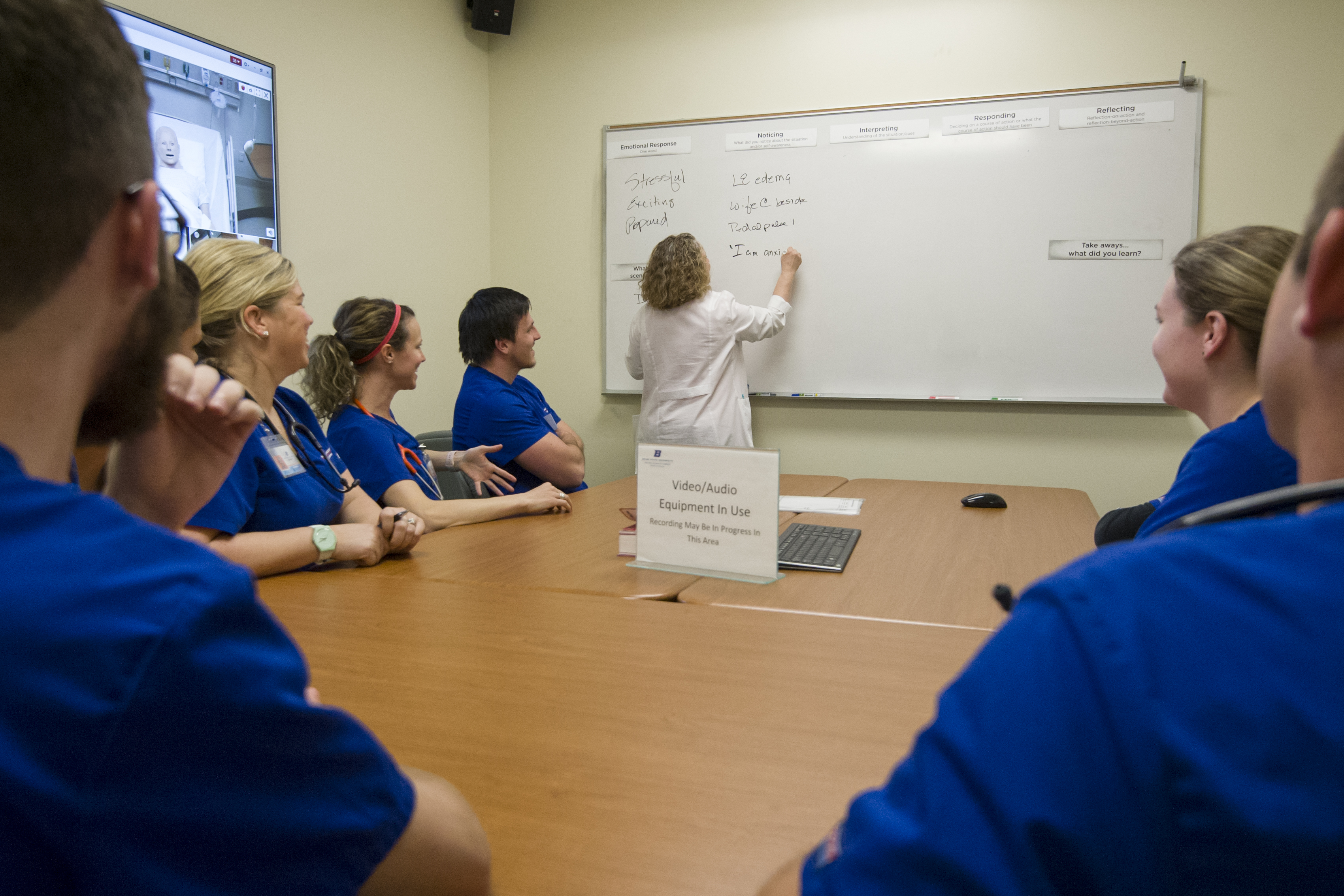 Students debriefing after a simulation