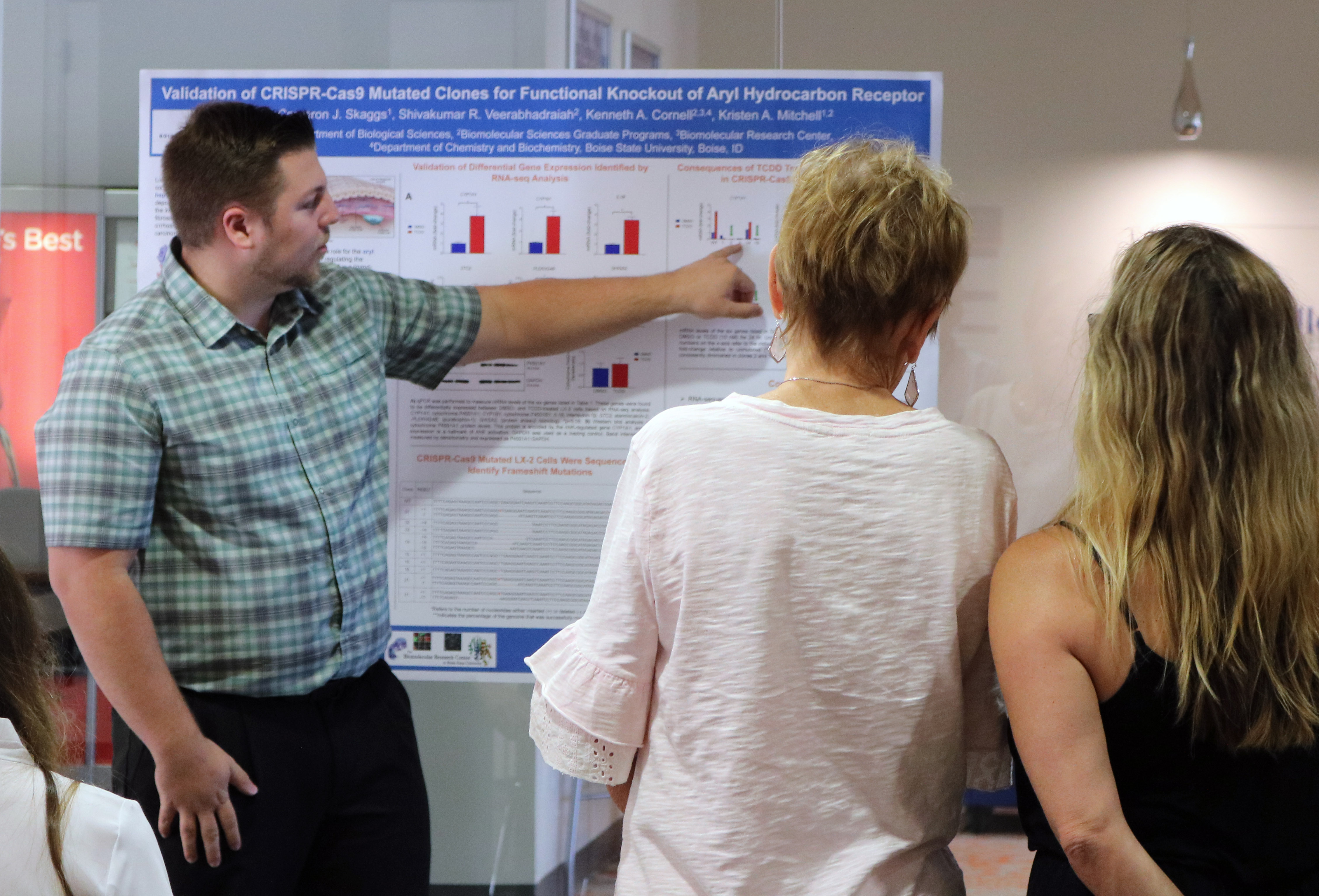Students sharing research