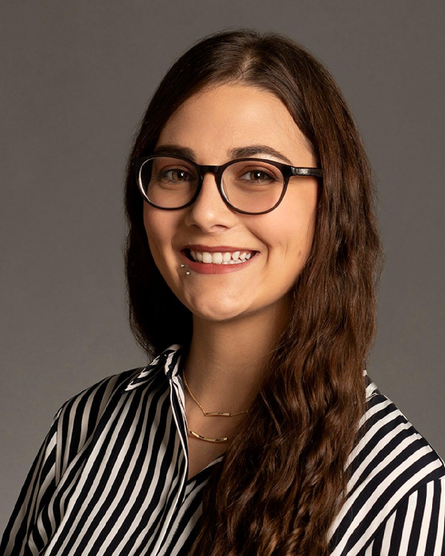 Hayleigh Breier, Studio Portrait, Health Services, Photo by Hue Herrick
