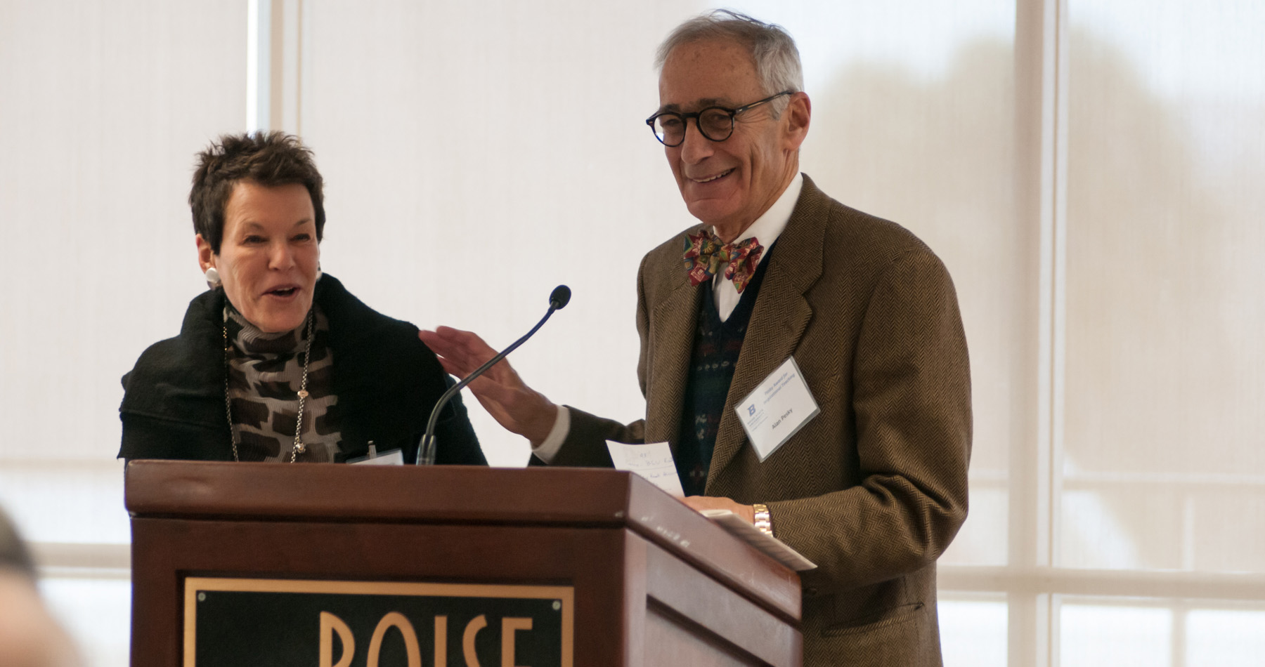 Photo of Wendy and Alan Pesky.