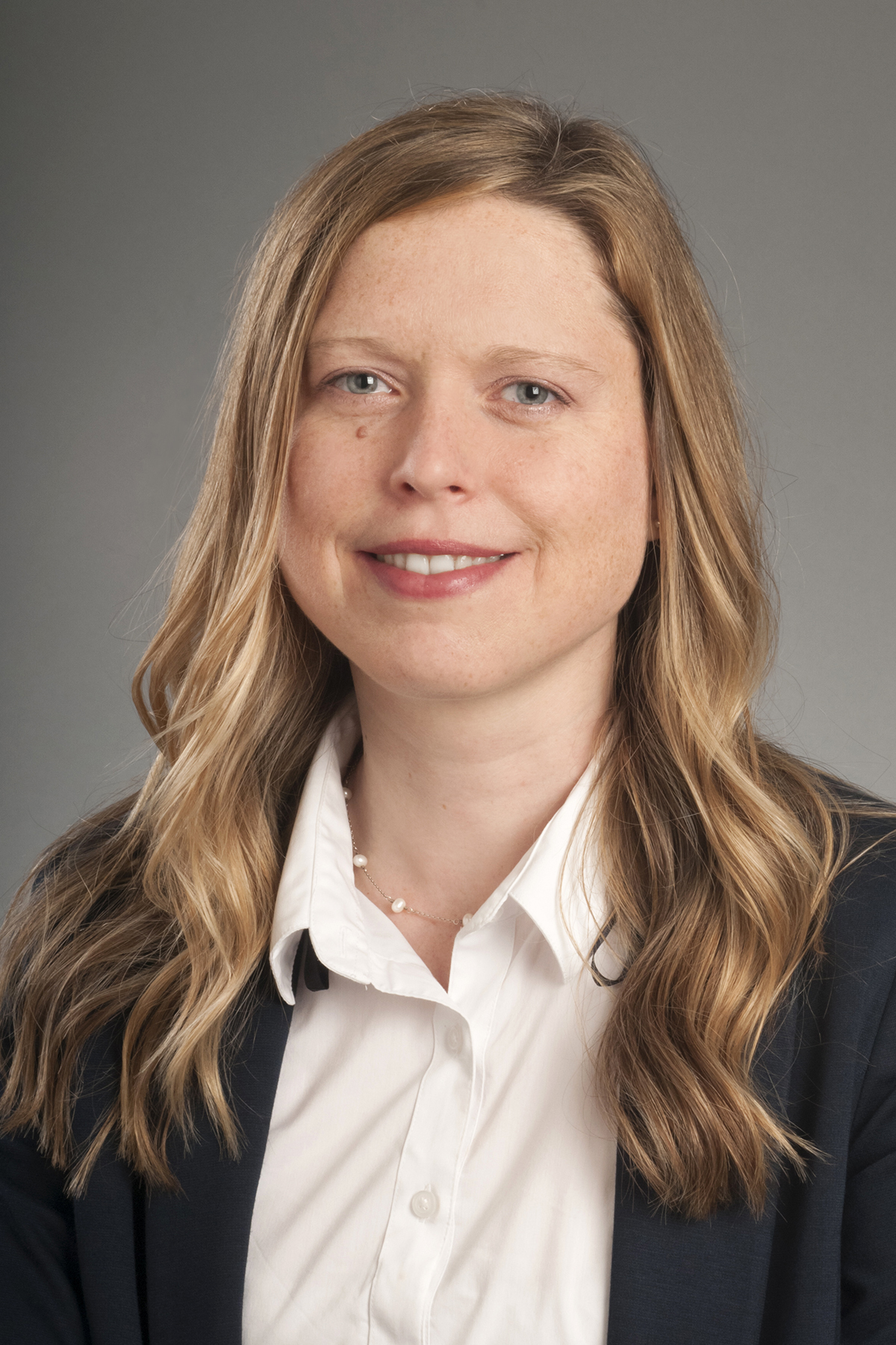 Portrait of Lisa Giacumo.
