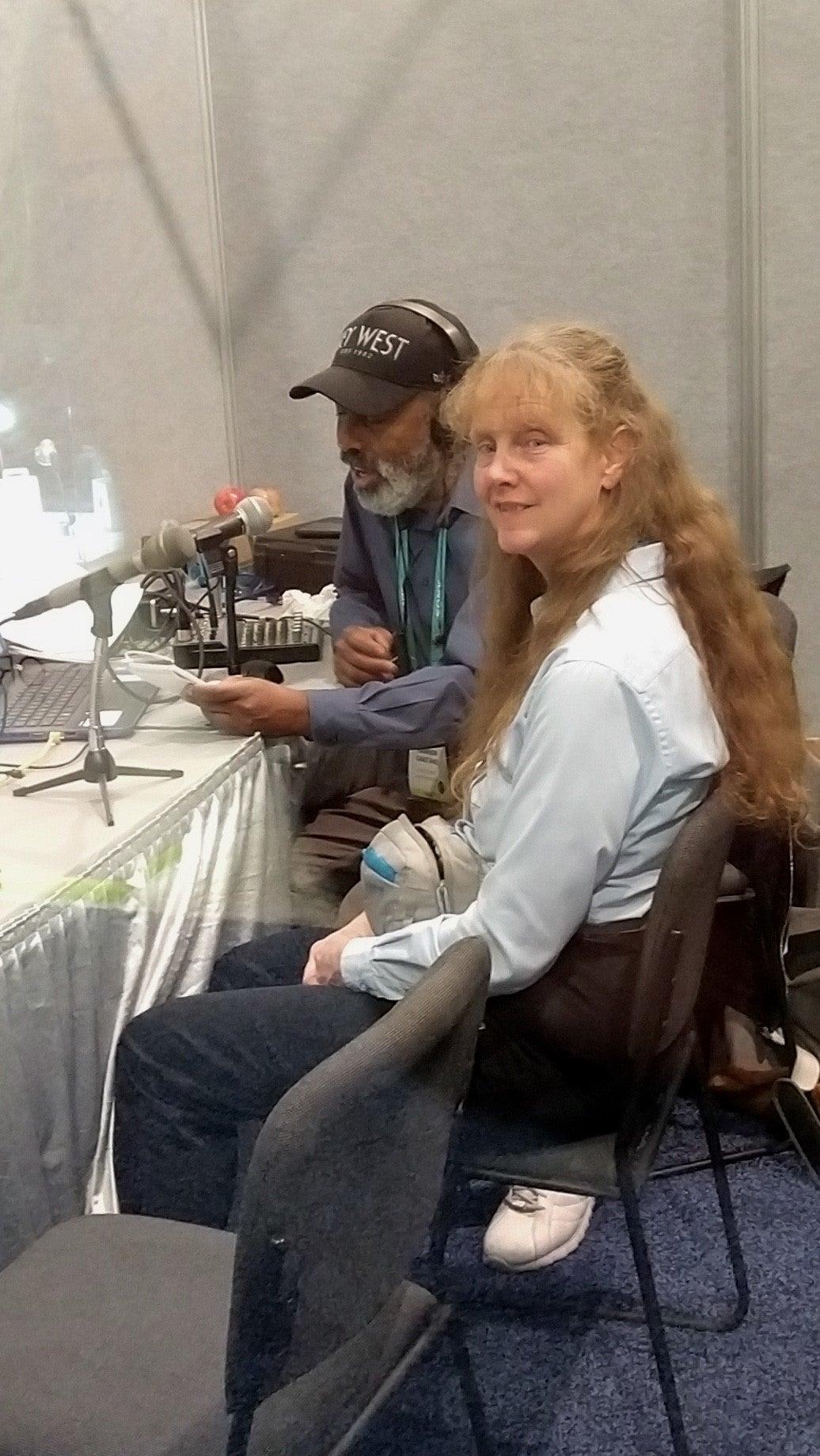 Elisa on radio show