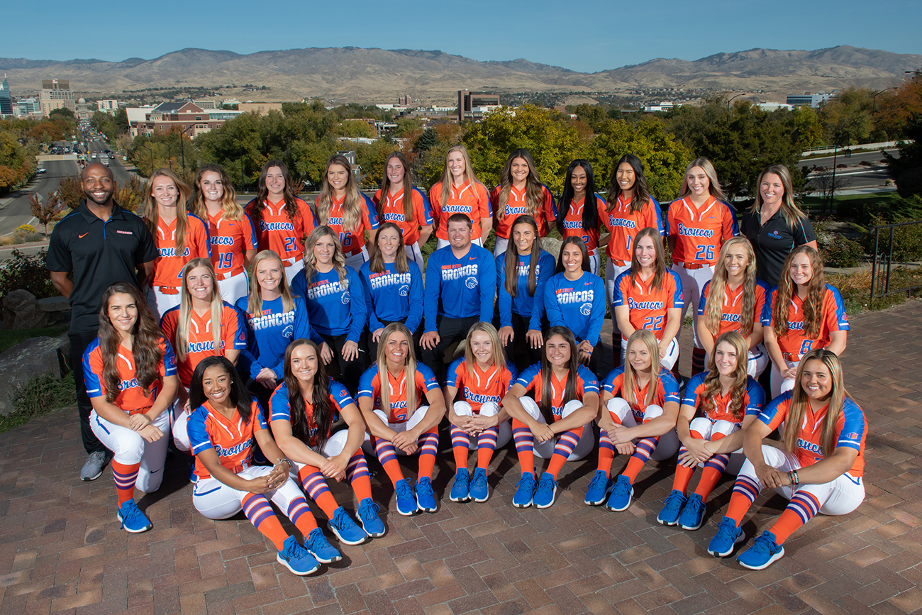 Softball team and class photos, the depot, photo Patrick Sweeney