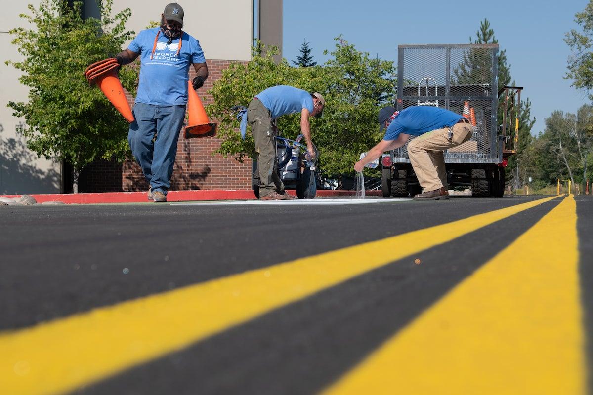 Road lane painting