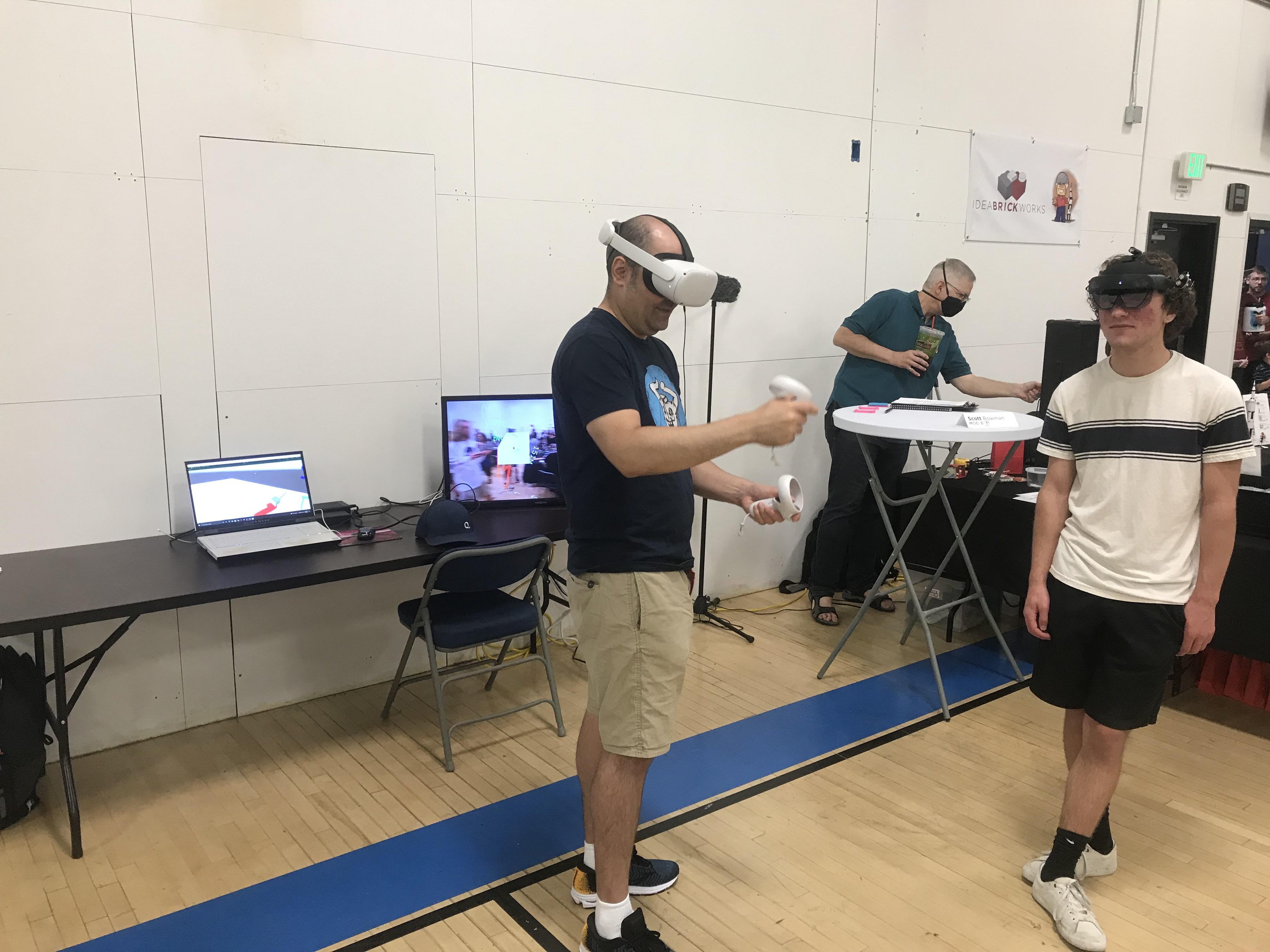 young man wears Hololens in gymnasium