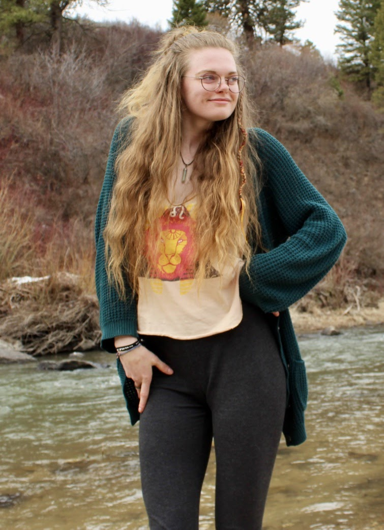 Photo of Annika Henderson
