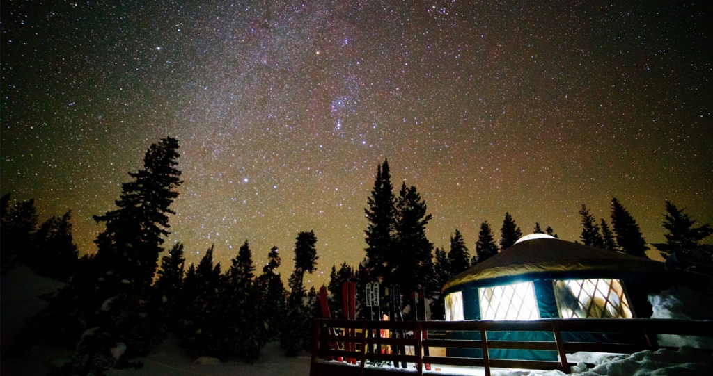 yurt-night-sky