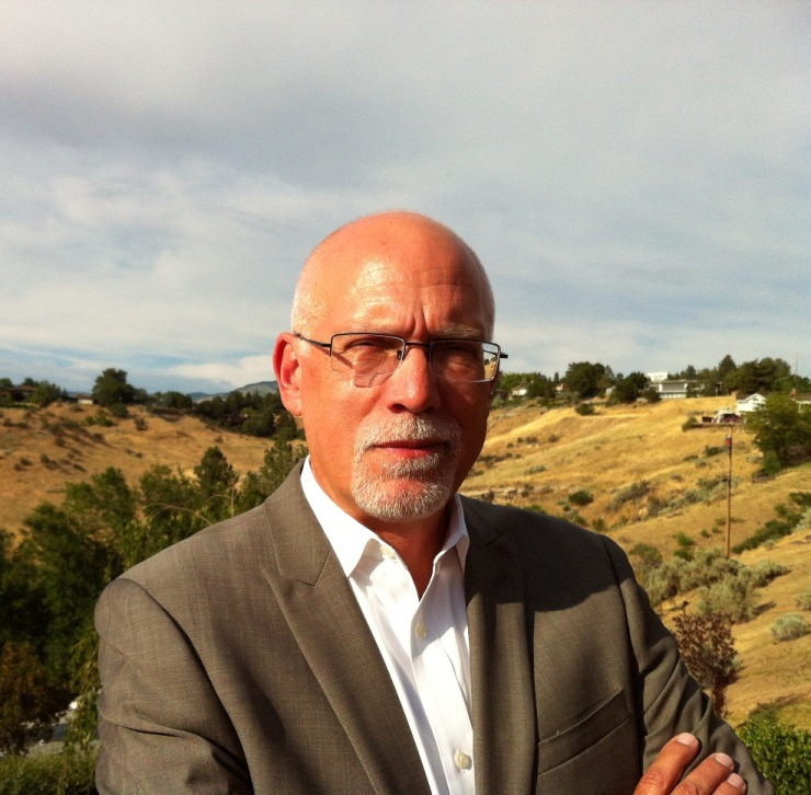 Photo of Dr. Eric Lindquist