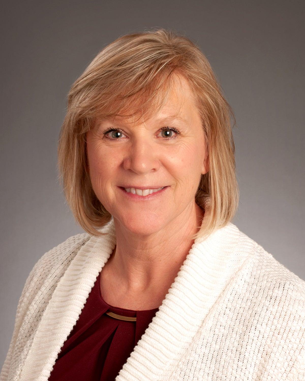 Headshot of Denise