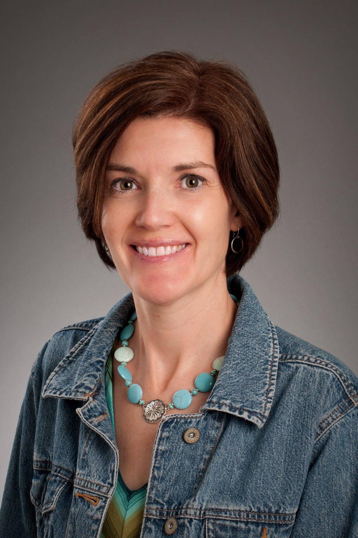 Nicole Lang Portrait