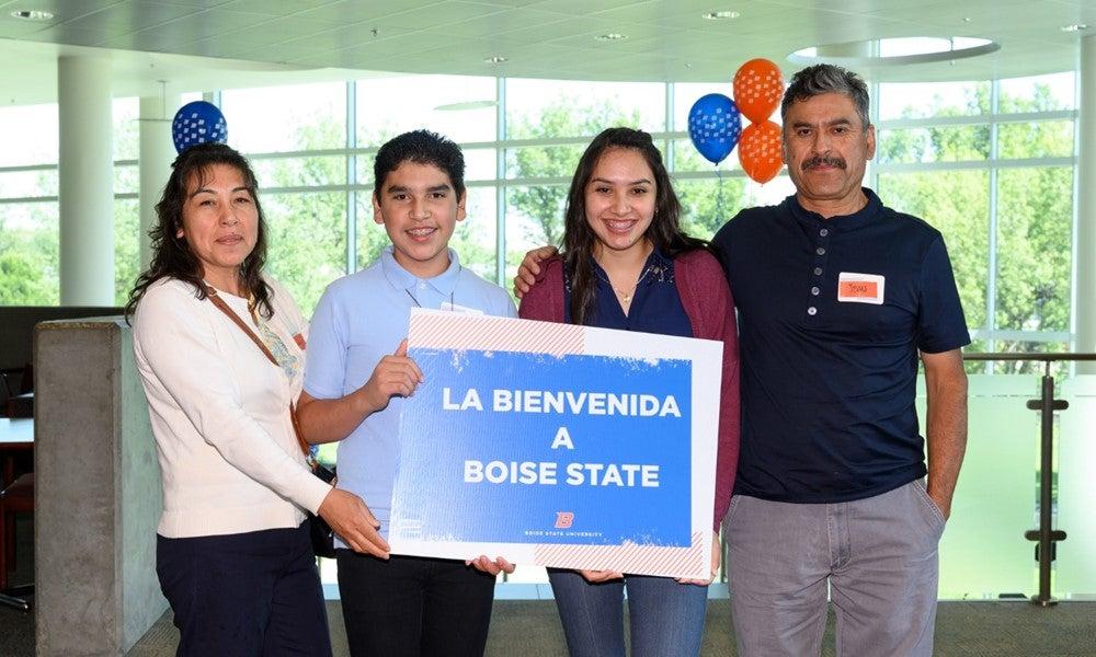 Family attending La Bienvenida a Boise State